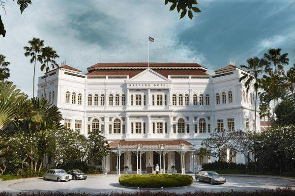 Fairmont & Raffles, Different for the same aim