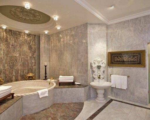 Web_Sultan-Suite-Master-Bathroom