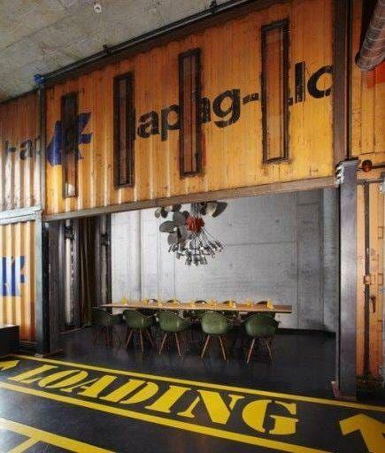 HafenCity_ContainerAussen1