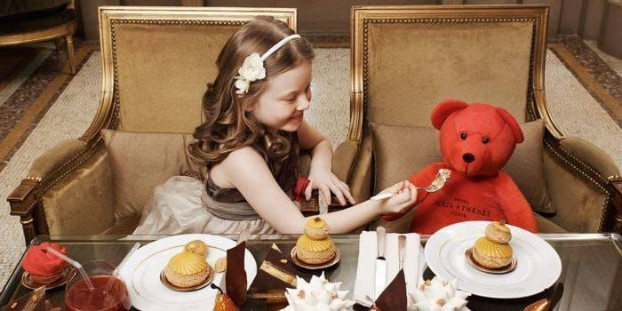 Baby Food Offerings and Children's Menus at Hotels